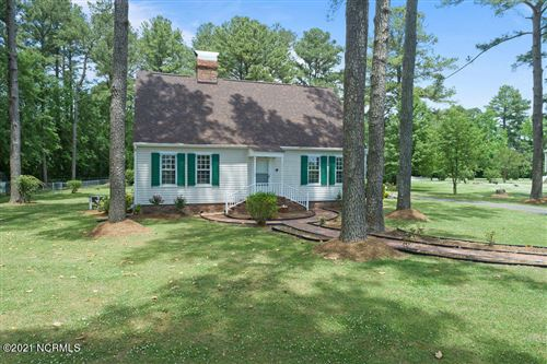 Photo of 203 Fay Avenue, Richlands, NC 28574 (MLS # 100271209)