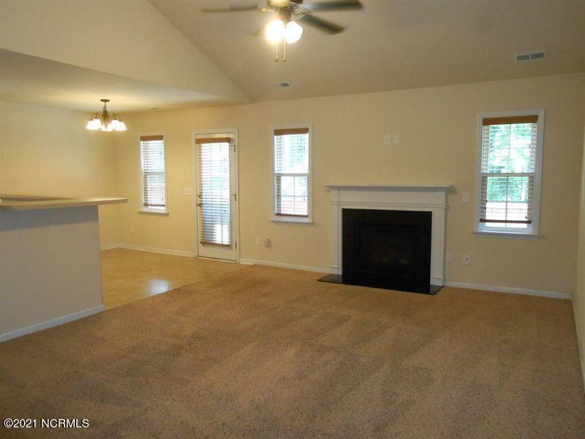 Photo of 107 Ironwood Court, Jacksonville, NC 28546 (MLS # 100287210)