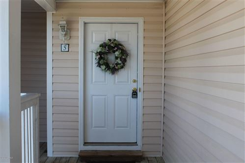 Photo of 1422 Willoughby Park Court #5, Wilmington, NC 28412 (MLS # 100219211)