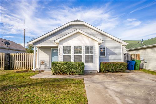 Photo of 2226 Jefferson Street, Wilmington, NC 28401 (MLS # 100199213)