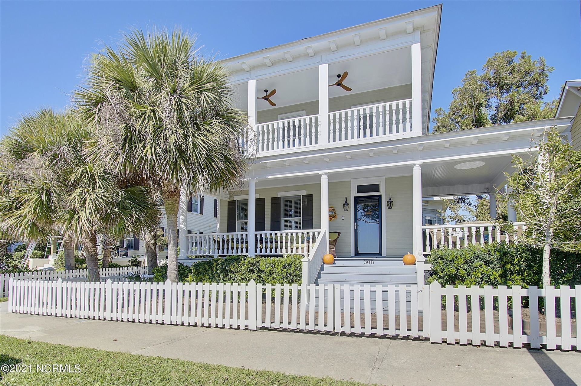 Photo of 308 W Moore Street, Southport, NC 28461 (MLS # 100296215)