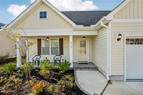 Photo of 419 Pebble Shore Drive, Sneads Ferry, NC 28460 (MLS # 100194220)