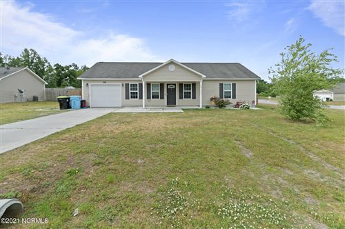 Photo of 412 Midnight Drive, Richlands, NC 28574 (MLS # 100268227)