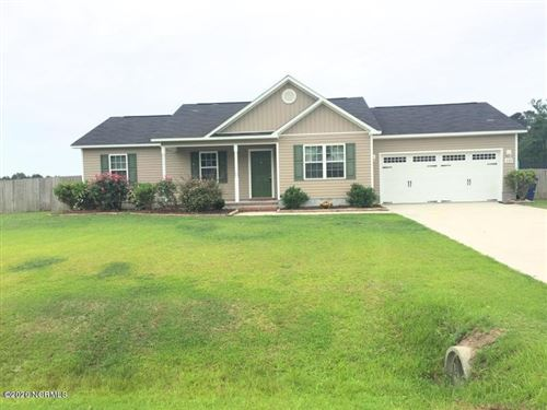 Photo of 202 Wingspread Lane, Beulaville, NC 28518 (MLS # 100198228)