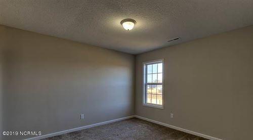 Tiny photo for 517 Black Pearl Circle, Jacksonville, NC 28546 (MLS # 100260231)