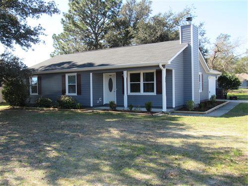 Photo of 598 Sand Ridge Road, Hubert, NC 28539 (MLS # 100283232)
