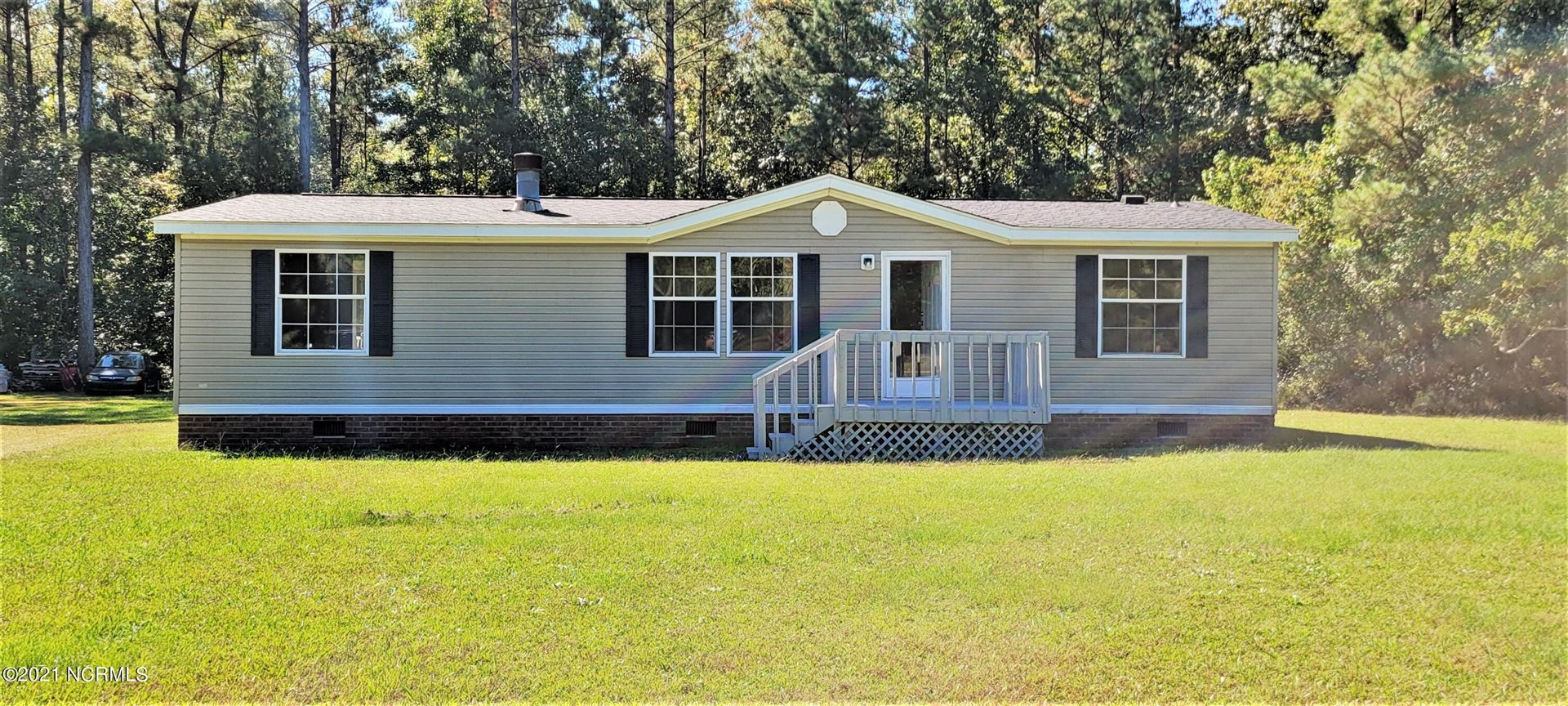 Photo of 208 Bellhammon Forest Drive, Rocky Point, NC 28457 (MLS # 100295232)