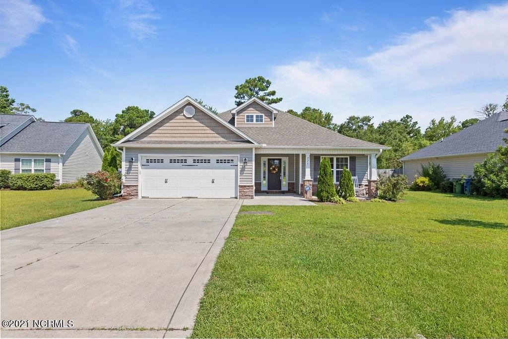 Photo for 226 Marsh Haven Drive, Sneads Ferry, NC 28460 (MLS # 100279235)