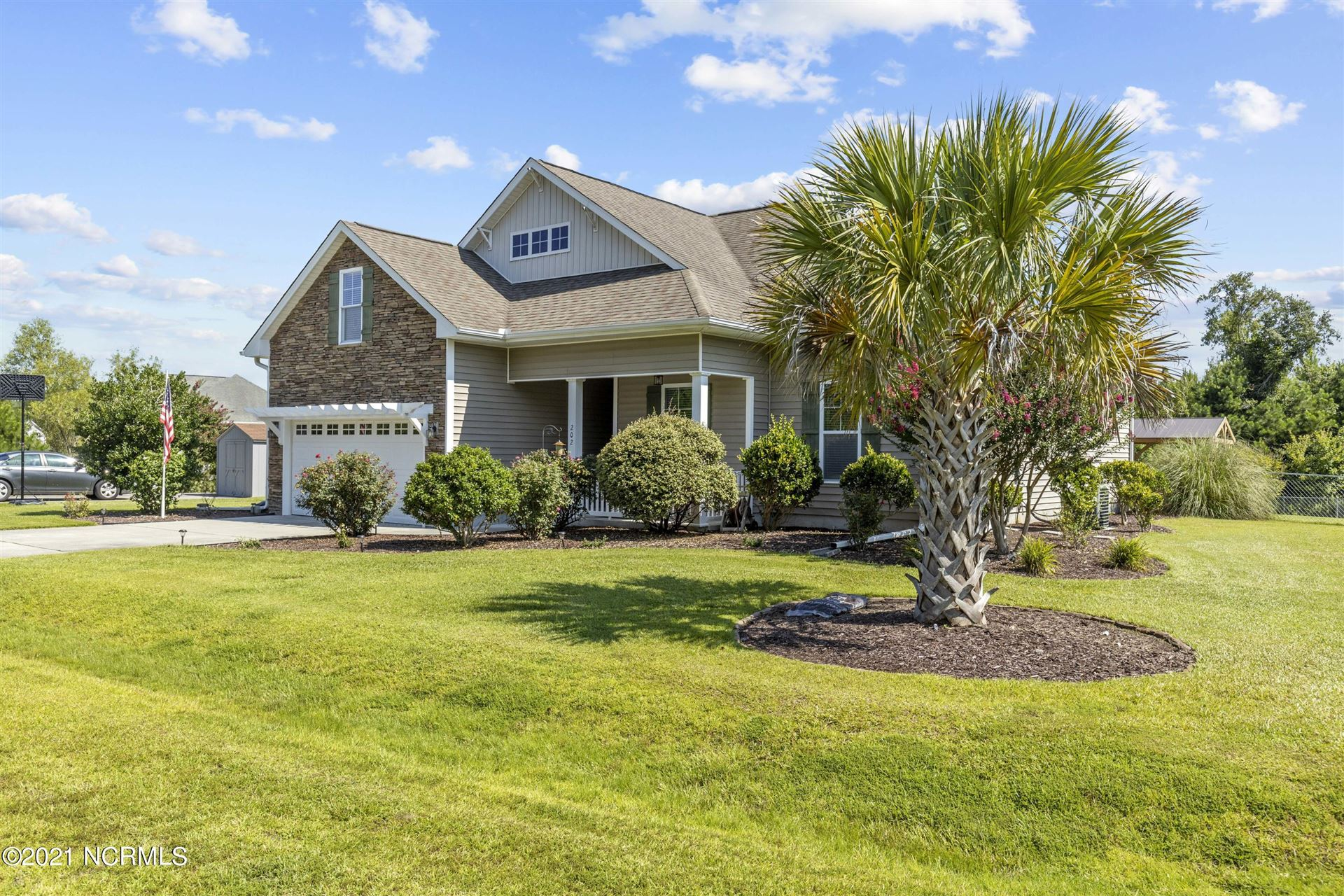 Photo of 202 Blue Creek Farms Drive, Jacksonville, NC 28540 (MLS # 100290237)