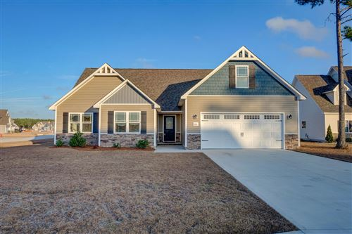 Photo of 301 Arrington Court, Hubert, NC 28539 (MLS # 100198239)