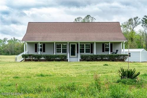 Photo of 894 Cypress Creek Road, Richlands, NC 28574 (MLS # 100212240)