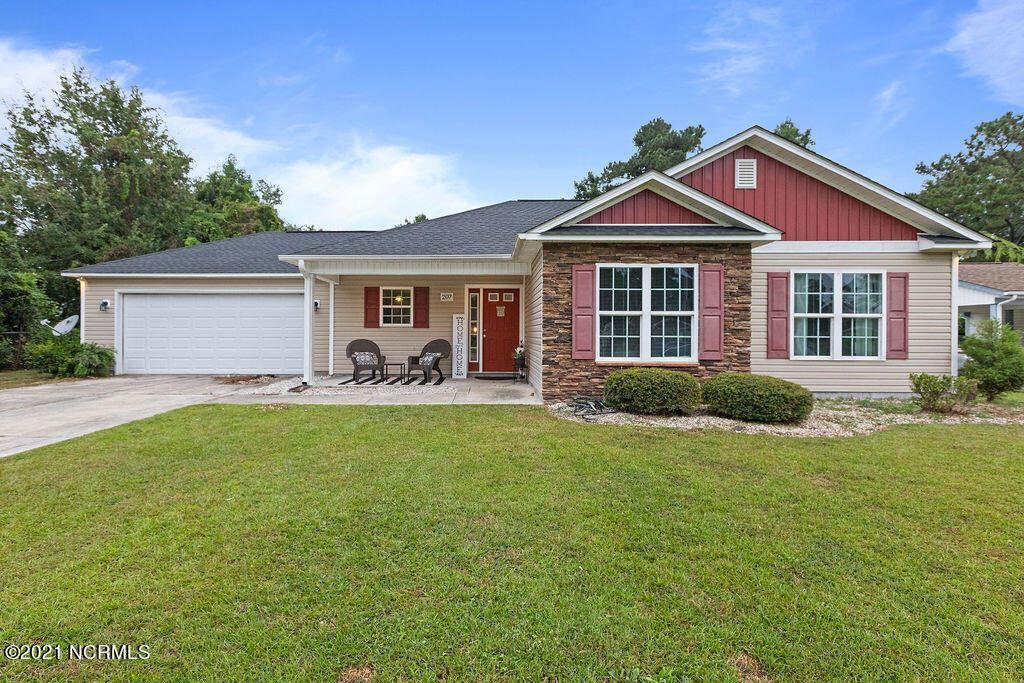 Photo of 207 Sheffield Road, Jacksonville, NC 28546 (MLS # 100292243)