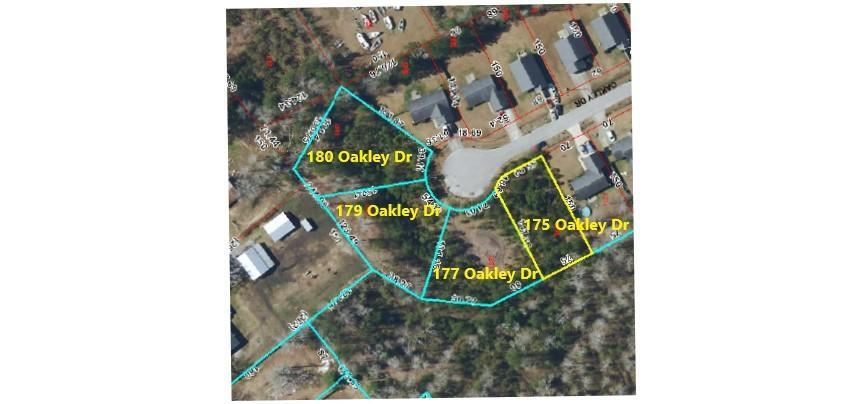 Photo of 180 Oakley Drive, New Bern, NC 28560 (MLS # 100269245)