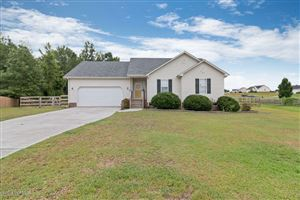 Photo of 302 Crest Place, Jacksonville, NC 28540 (MLS # 100178246)