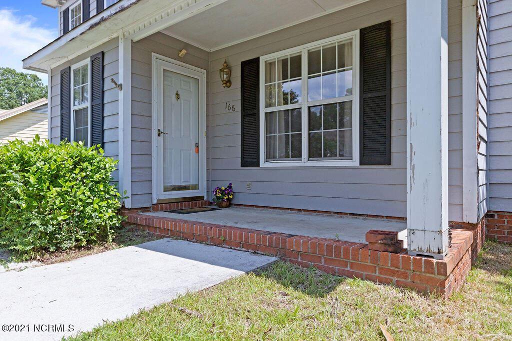 Photo of 168 Audubon Drive, Jacksonville, NC 28546 (MLS # 100286246)