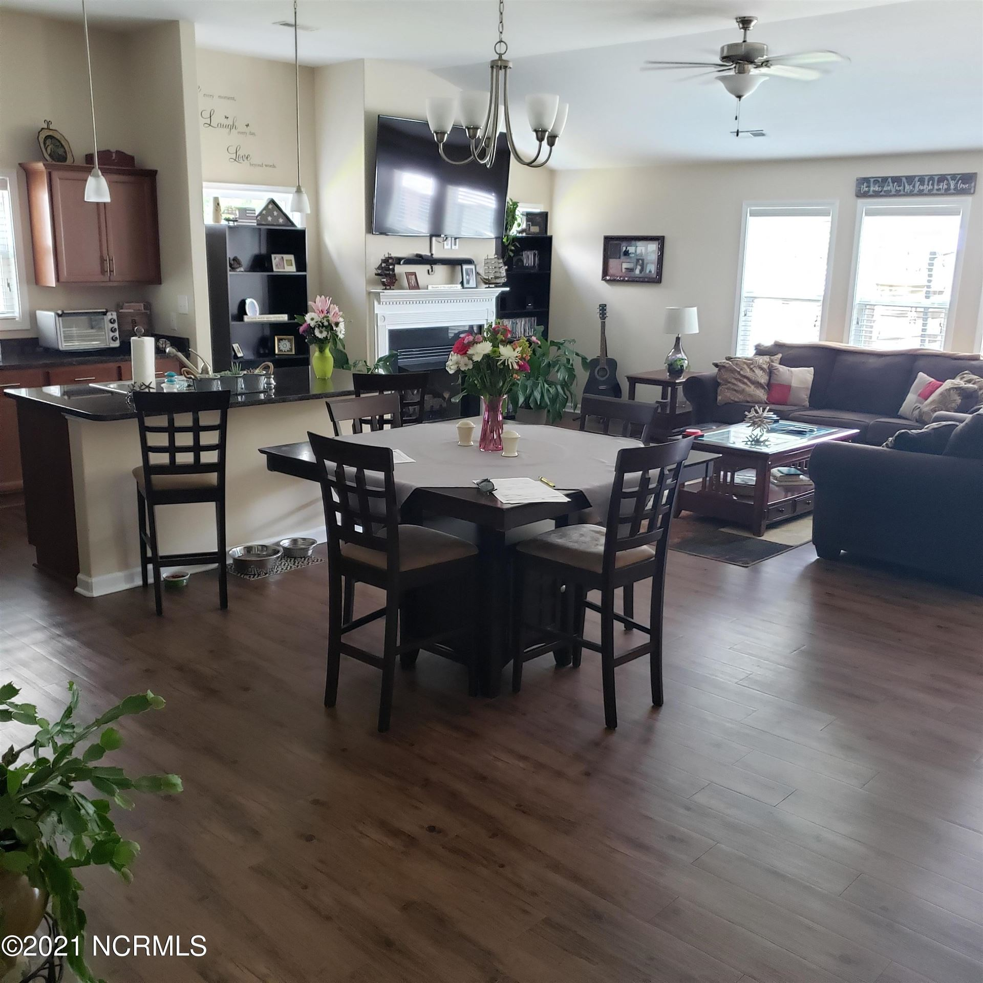Photo of 309 Station House Road, New Bern, NC 28562 (MLS # 100273251)