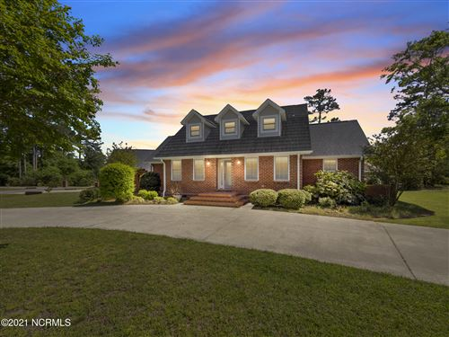 Photo of 201 Seascape Drive, Sneads Ferry, NC 28460 (MLS # 100269256)