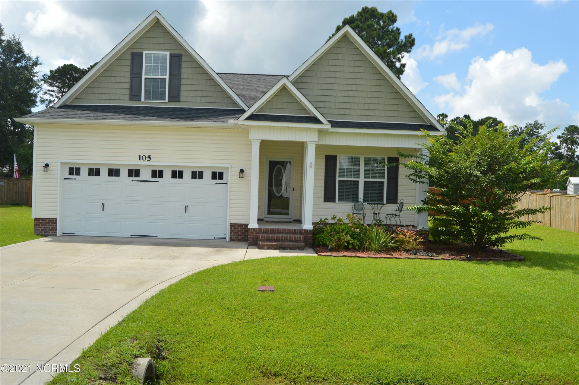 Photo of 105 Ridgepath Lane, Hubert, NC 28539 (MLS # 100287256)