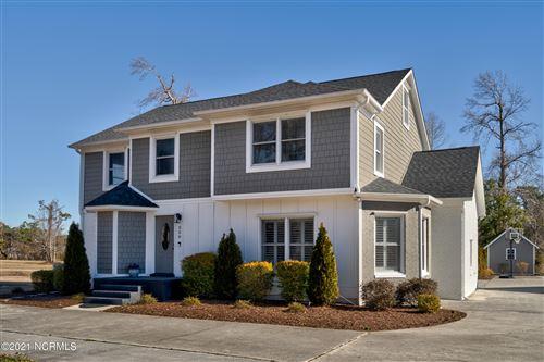 Photo of 320 S Belvedere Drive, Hampstead, NC 28443 (MLS # 100256257)