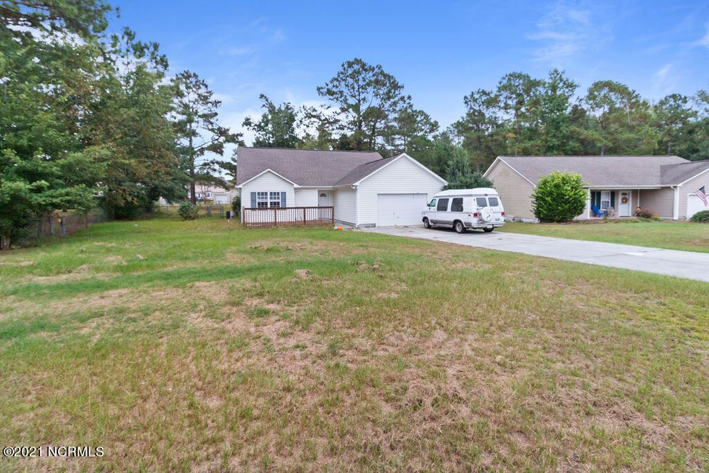 Photo of 101 Rocky Court, Richlands, NC 28574 (MLS # 100294258)