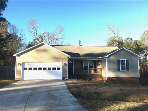 Photo of 207 Hominy Court, Hubert, NC 28539 (MLS # 100198261)