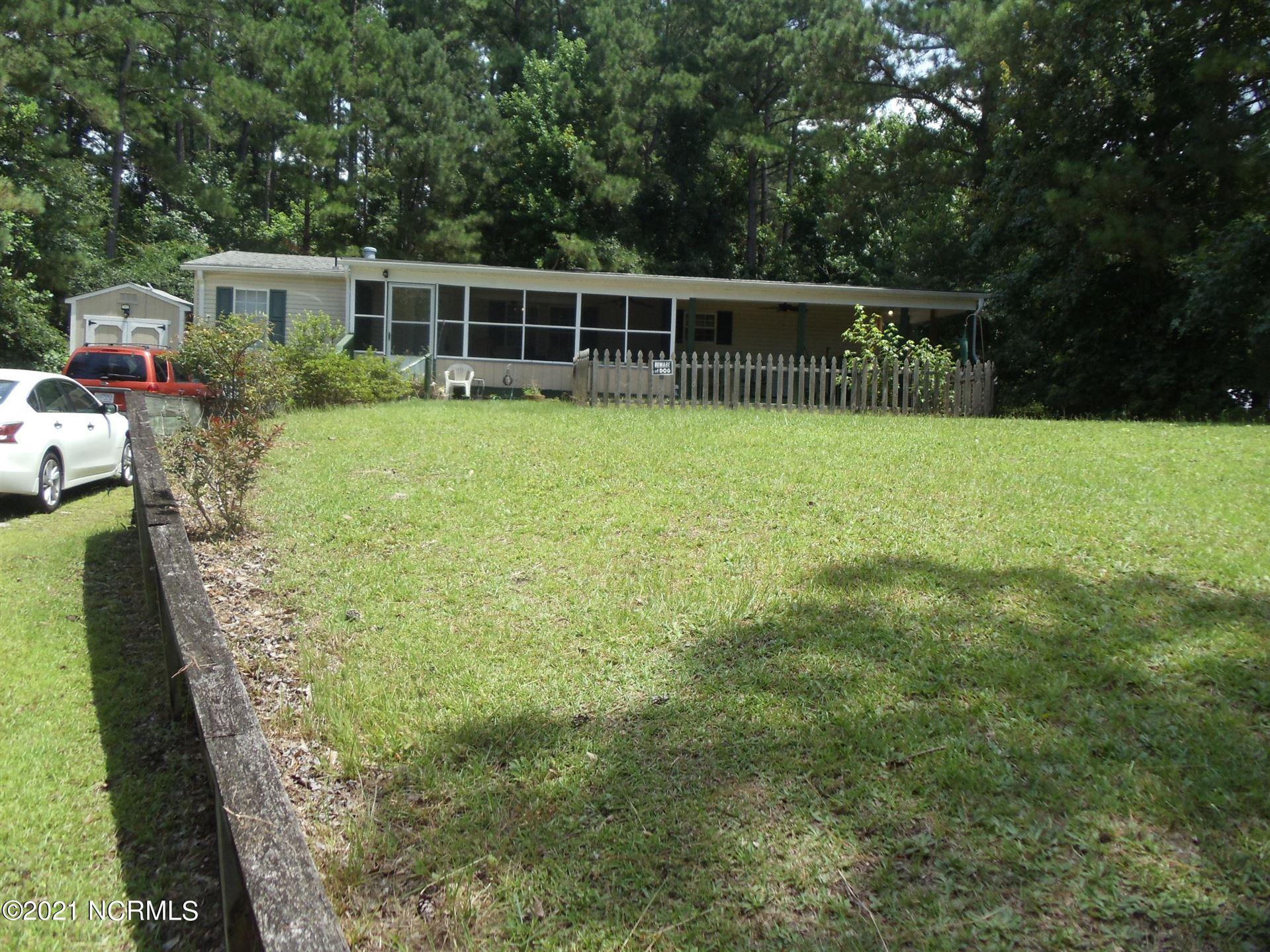 Photo of 562 Riggs Road, Hubert, NC 28539 (MLS # 100283261)
