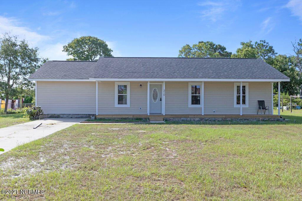 Photo of 310 Crown Point Road, Hubert, NC 28539 (MLS # 100290261)