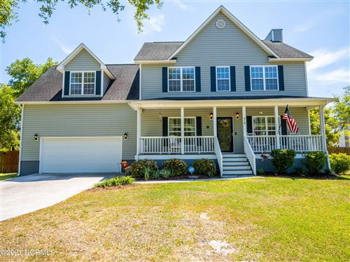Photo of 216 Shellbank Drive, Sneads Ferry, NC 28460 (MLS # 100269268)