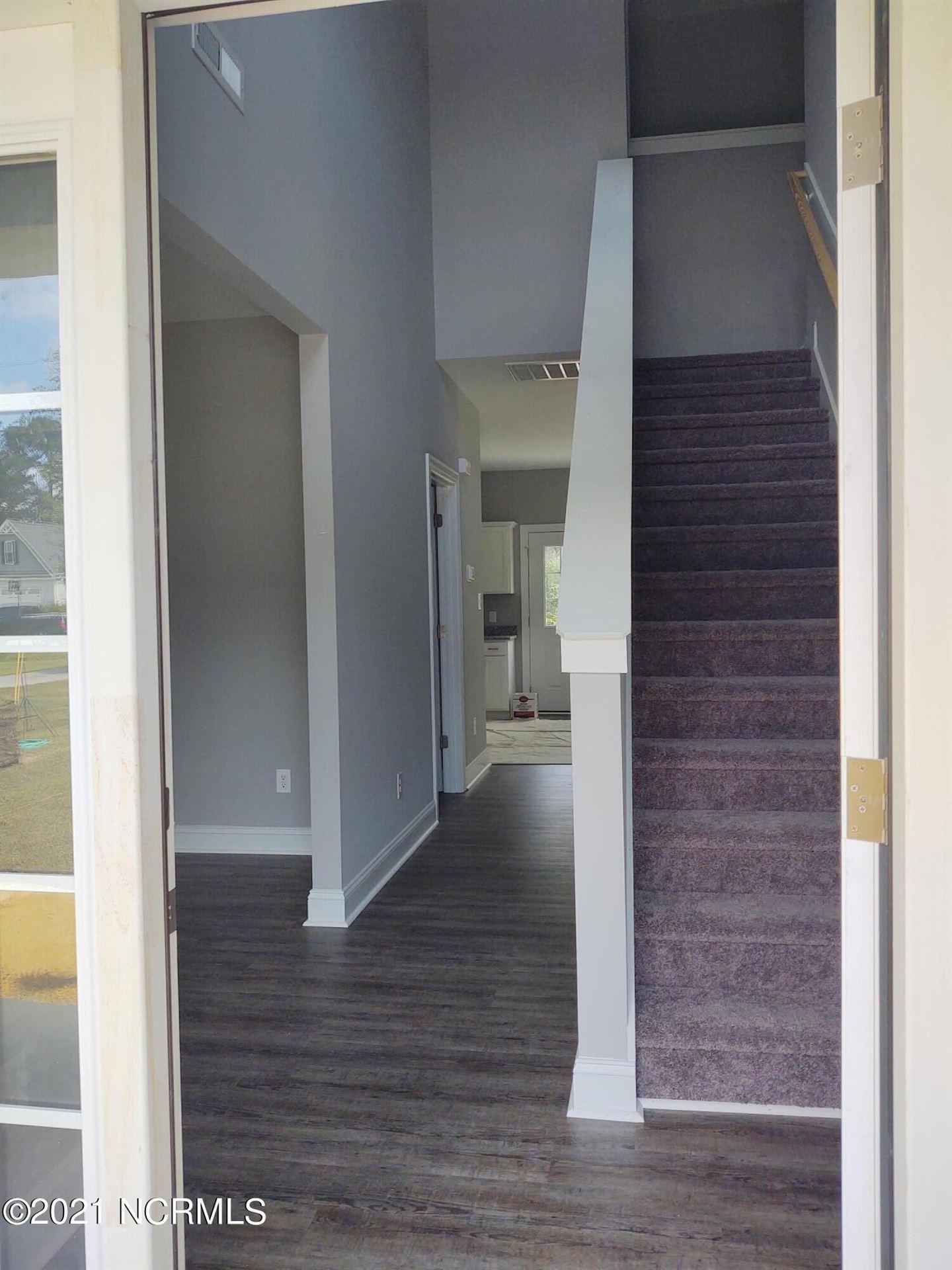 Photo of 111 Ridge View Drive, Jacksonville, NC 28540 (MLS # 100291268)