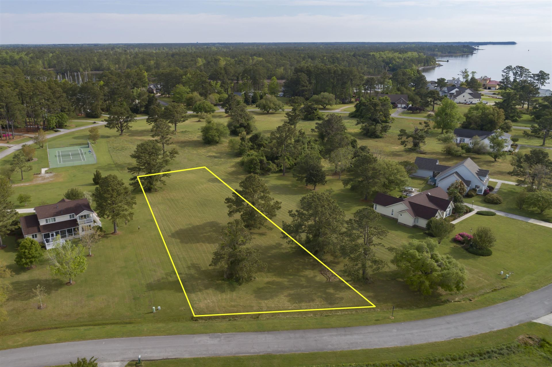 Photo of 6023 Dolphin Road, Oriental, NC 28571 (MLS # 100267269)