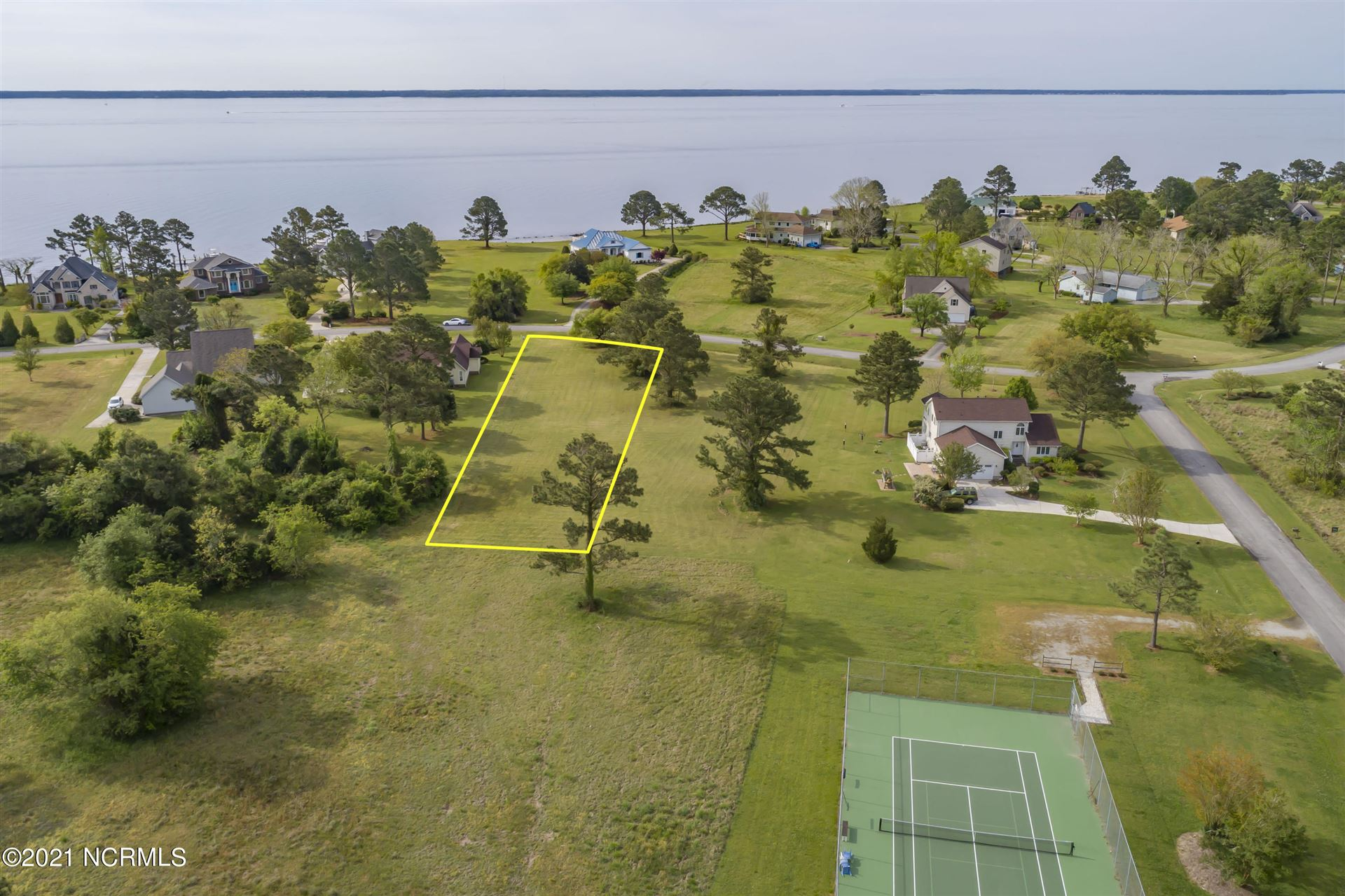 Photo of 6025 Dolphin Road, Oriental, NC 28571 (MLS # 100267271)