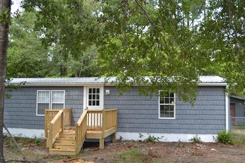 Photo of 404 Fawn Drive, Hampstead, NC 28443 (MLS # 100226273)