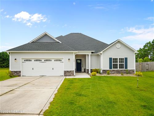 Photo of 322 Old Snap Dragon Court, Jacksonville, NC 28546 (MLS # 100282273)