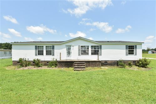 Photo of 234 Haw Branch Road, Richlands, NC 28574 (MLS # 100225279)