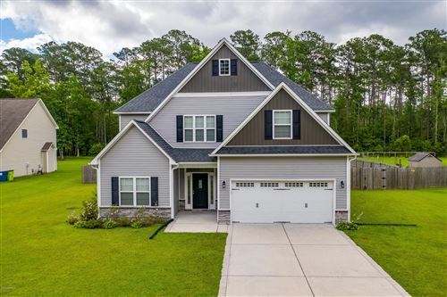 Photo of 233 Easterly Drive, New Bern, NC 28560 (MLS # 100220280)