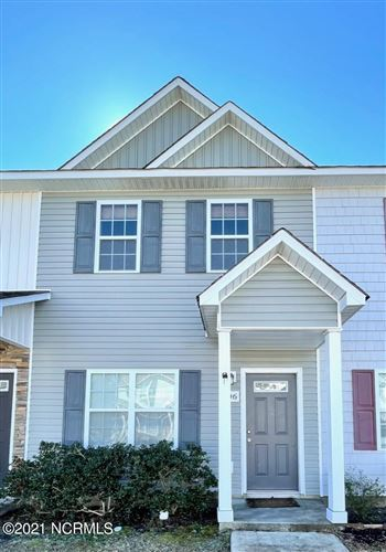 Photo of 506 Oyster Rock Lane, Sneads Ferry, NC 28460 (MLS # 100259280)