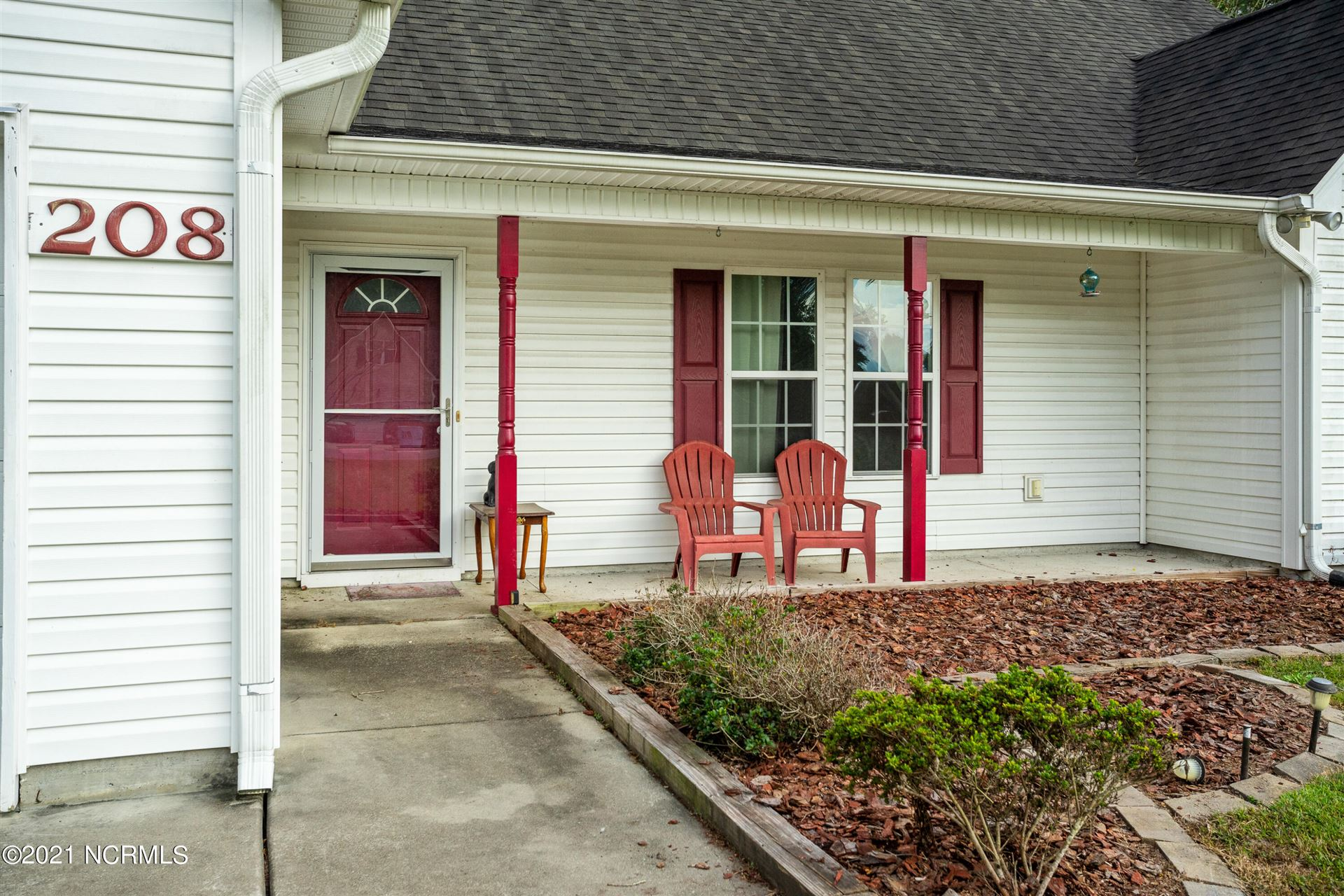 Photo of 208 Chandler Simpson Court, Beulaville, NC 28518 (MLS # 100294284)