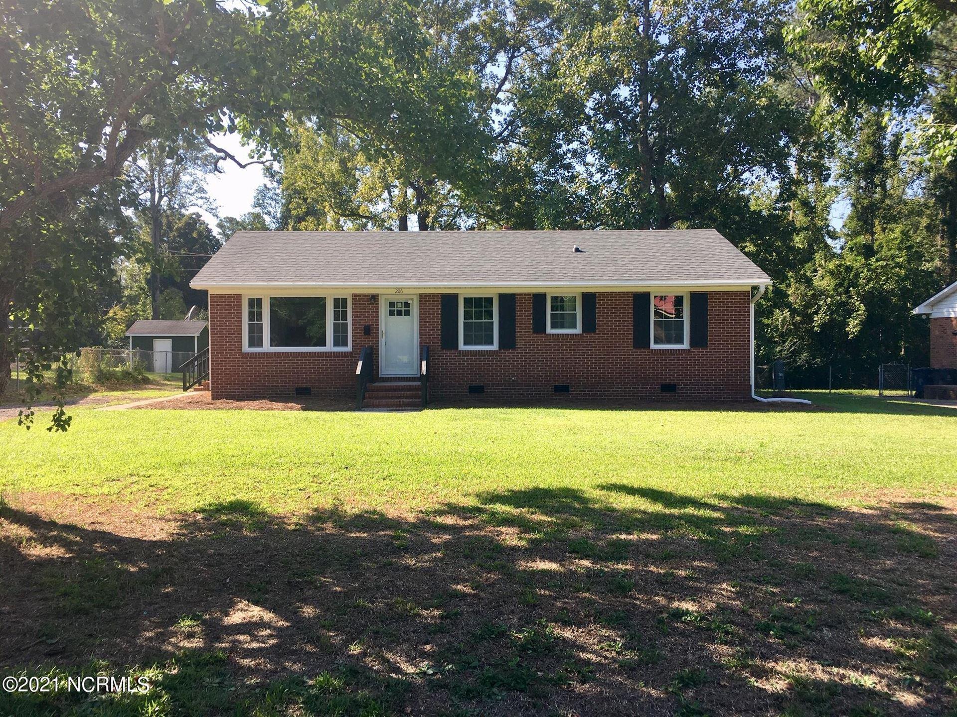 Photo of 206 Puller Drive, Jacksonville, NC 28540 (MLS # 100294286)