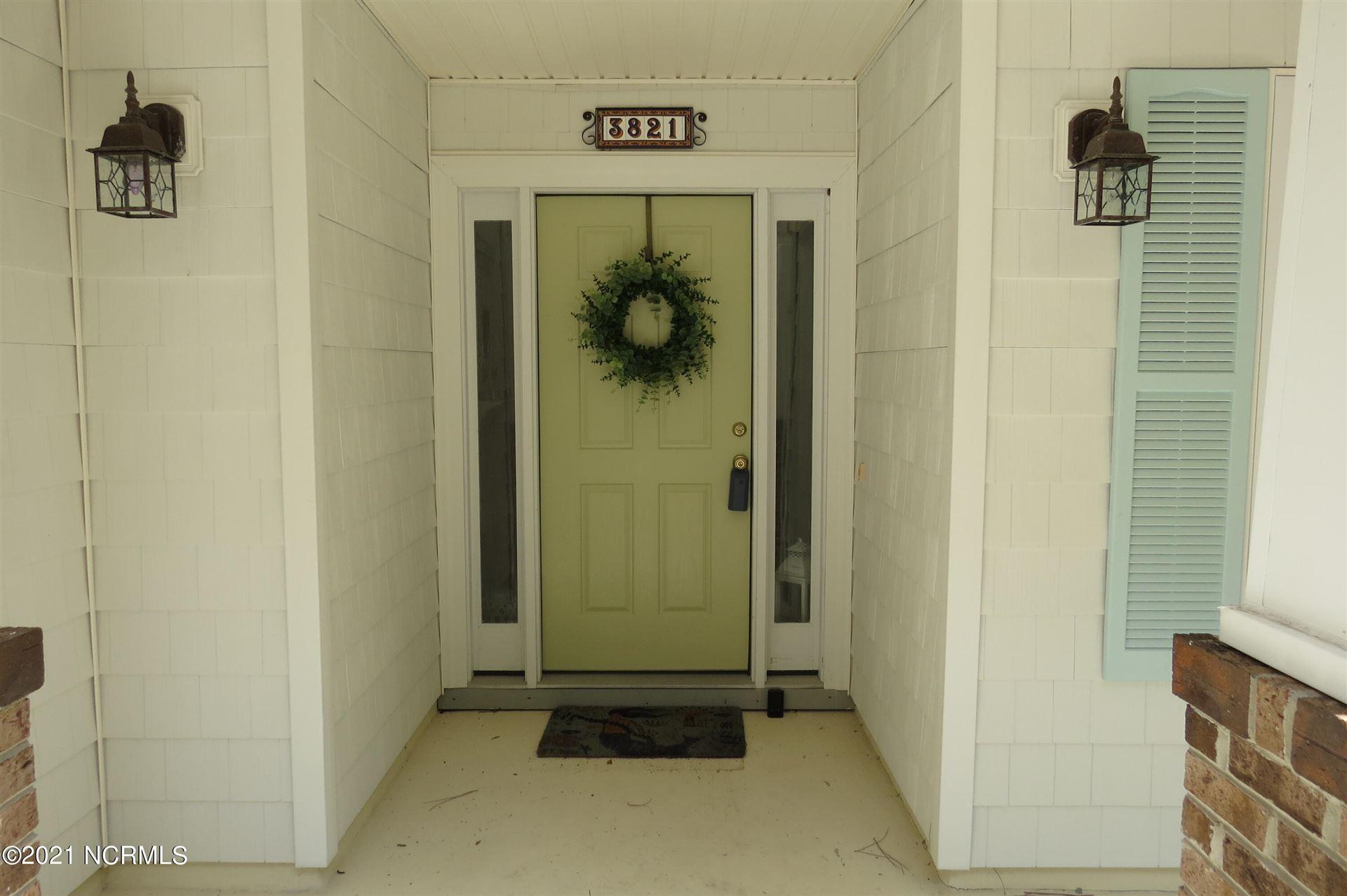 Photo of 3821 Harmony Circle SE, Southport, NC 28461 (MLS # 100289287)