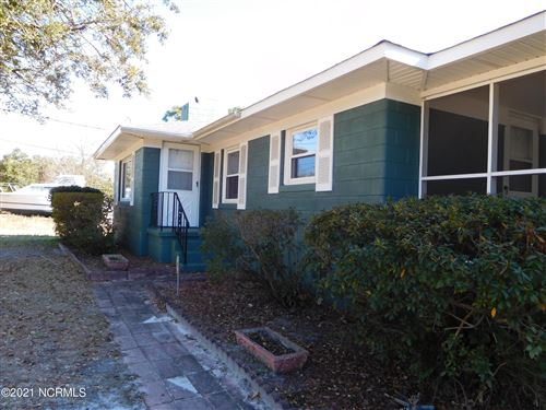 Photo of 415 Silver Lake Road, Wilmington, NC 28412 (MLS # 100255288)