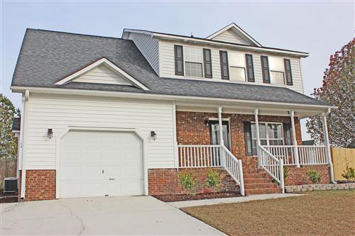 Photo of 108 Ridgewood Court, Jacksonville, NC 28546 (MLS # 100143289)