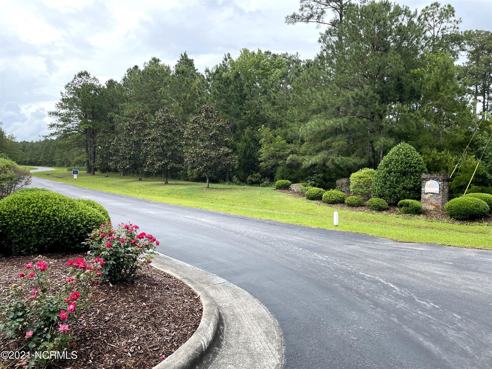 Photo of 306 Garbacon Drive, Beaufort, NC 28516 (MLS # 100275291)