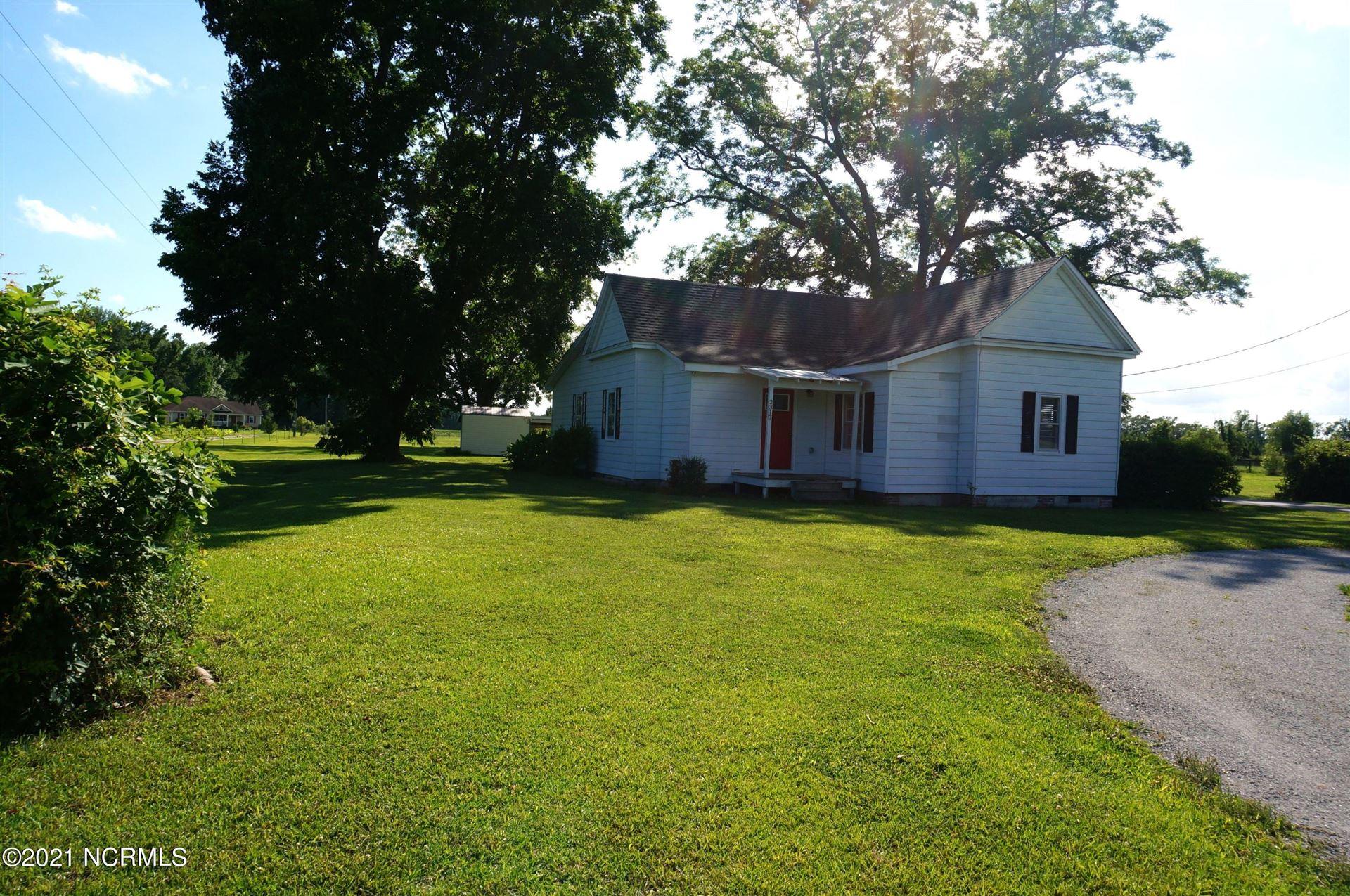 Photo of 2317 White Oak River Road, Maysville, NC 28555 (MLS # 100279291)