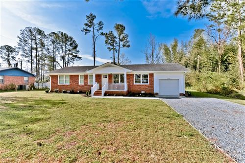 Photo of 226 Fairfield Drive, Wilmington, NC 28401 (MLS # 100209292)