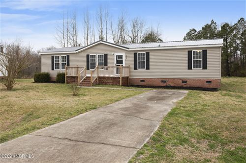 Photo of 134 Corena Avenue, Maysville, NC 28555 (MLS # 100262293)