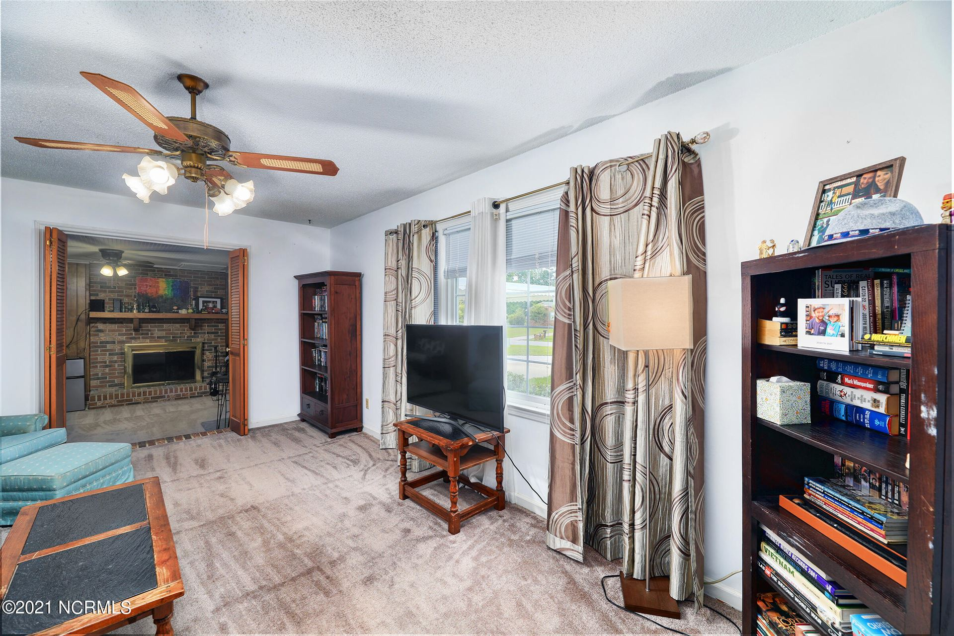 Photo of 207 Maplehurst Drive, Jacksonville, NC 28540 (MLS # 100289294)