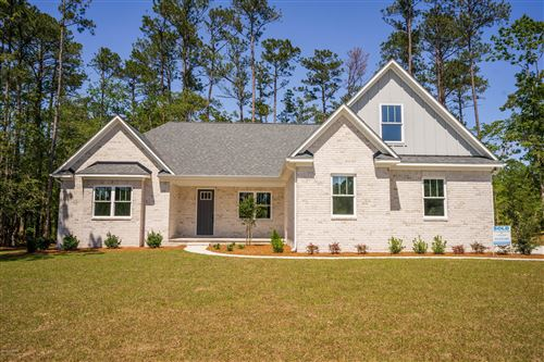 Photo of 607 Crown Pointe Drive, Hampstead, NC 28443 (MLS # 100206295)