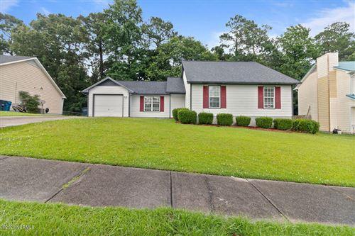 Photo of 121 Suffolk Circle, Jacksonville, NC 28546 (MLS # 100225296)