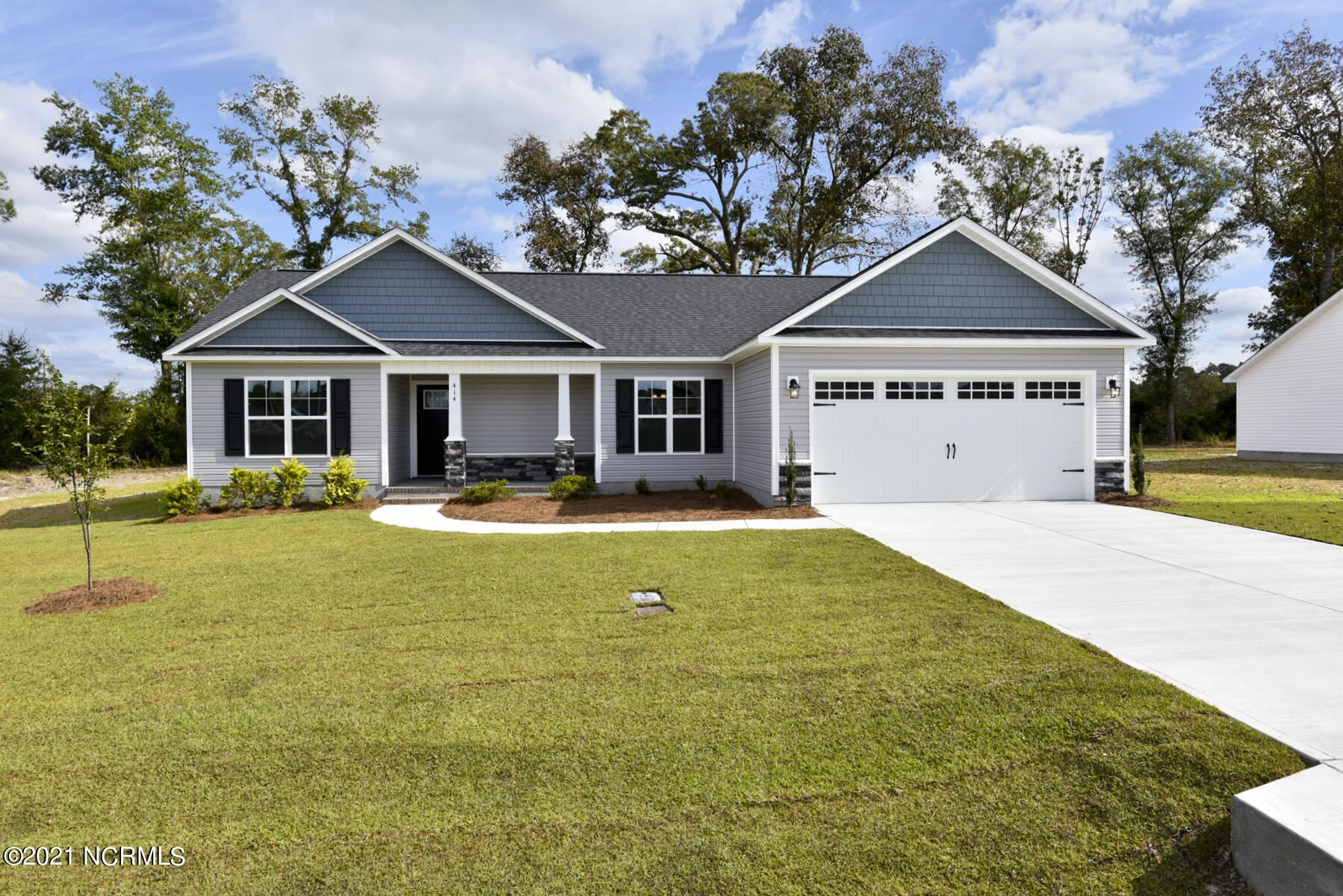 Photo of 413 Duster Lane, Richlands, NC 28574 (MLS # 100295297)