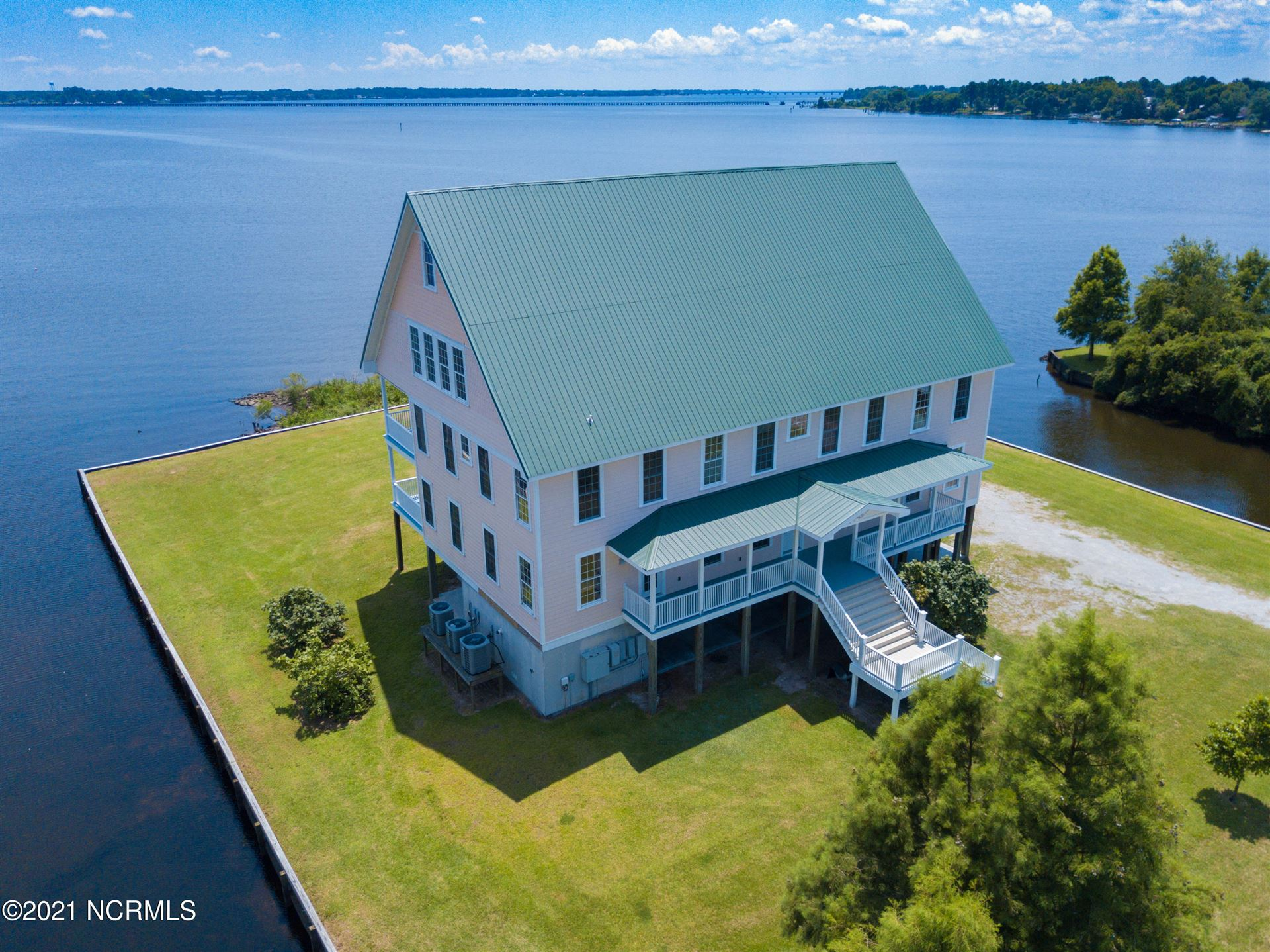 507 Harbor Drive, New Bern, NC 28560 - #: 100255298